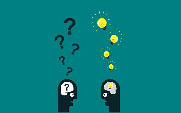 Ser Emprendedor - dibujos de dos cabezas, una con muchas interrogantes y la otra con ideas
