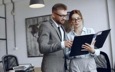 ¿Cuáles son las áreas de empleo para un administrador de empresas?